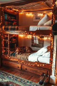Picturesque New England Decorating Style . Picturesque New England Decorating Style . 14 Bunk Bed for 3 Remarkable and Lovely too Dream Rooms, Dream Bedroom, Room Ideas Bedroom, Bedroom Decor, 50s Bedroom, Barbie Bedroom, Victorian Bedroom, Bedroom Interiors, House Interiors