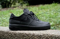Nike Air Force 1 Deconstruct Black/Black | Hypebeast    Yes please.