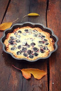 Hungarian Desserts, Plum Pie, Fall Desserts, Pie Dish, Food And Drink, Cooking Recipes, Yummy Food, Sweets, Meals