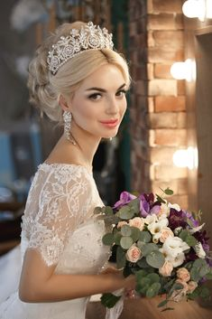 Wedding Hair Concepts - The Loveliest Looks To Work On Your Wedding Day. Explore Our Web Page For More Tips.