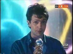 Buon Compleanno Sergio! Sergio Caputo (Roma, 31 agosto 1954) https://youtu.be/hBoRH-nApBI ♫ SERGIO CAPUTO ♪ UN SABATO ITALIANO ♫ (Video + Testo) ♪ http://tucc-per-tucc.blogspot.it/2015/08/sergio-caputo-un-sabato-italiano-video.html