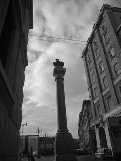 Vittoria Square! A Rationalist Area!