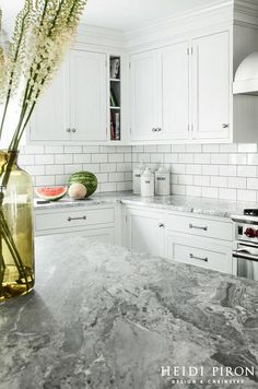 Transitional Beach House Kitchen Style - Close-up of quartzite, a natural stone, on island, which was also used on the perimeter counters.