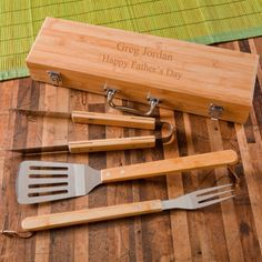 Every day is a cookout day with our BBQ new grilling set with bamboo case. The case is personalized and it acts as a great, lightweight, transportation for your spatula, fork, and tongs. The set is made out of high-quality bamboo and the case is equipped with securing latches and a rugged handle. No matter where you go be it your the park, a tailgate party or even just your backyard barbeque, you will always be prepared with our personalized, BBQ, grilling set with bamboo case.