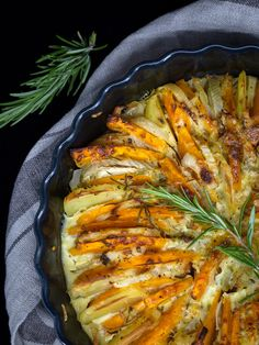 Gratin Potimarron Fenouil - Free The Pickle - Pickles Recipe Veggie Recipes, Cooking Recipes, Healthy Recipes, Meatless Monday, Fennel, Meal Prep, Pork, Food And Drink, Vegetarian
