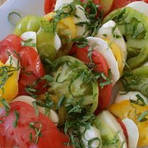Caprese Salad (Tomato Salad)