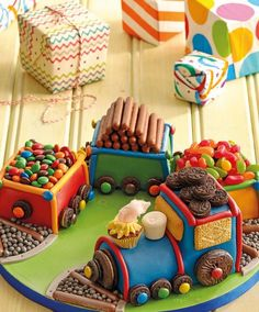View top-quality stock photos of Train Cake. 4th Birthday Cakes, Trains Birthday Party, 1st Boy Birthday, 2nd Birthday Parties, Thomas Cakes, Thomas Birthday, Occasion Cakes, Cakes For Boys, Girl Cakes