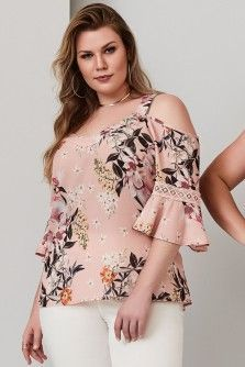 Blusa Plus Size MollinaVestido Plus Size Power NightVery pretty top. i like the cold shoulder but also like that i can wear a bra with strapsLove the color and floral pattern, and the bell sleeves. Feeling so-so about cold shoulder Plus Size Blouses, Plus Size Tops, Plus Size Dresses, Plus Size Women, Plus Size Outfits, Curvy Women Fashion, Plus Size Fashion, Womens Fashion, Blouse Styles