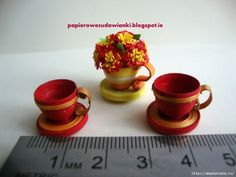 How it can make a tiny miniature cups of paper quilling strips ...