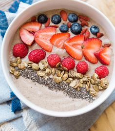 These smoothie bowl recipes are health, delicious, and made to be Instagrammed.