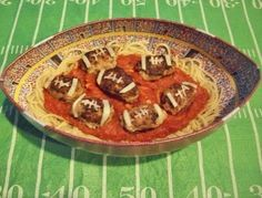 This has tailgate party written all over it...football spaghetti and meatballs!