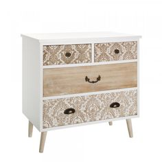 Looking for stylish storage solutions? Browse our range of white bedroom furniture & pine, oak & mirrored chests of drawers. Pine Bedroom Furniture, Paint Furniture, Furniture Projects, Furniture Makeover, Furniture Design, Chest Of Drawers Makeover, Ikea Chest Of Drawers, Furniture Restoration, Upcycled Furniture