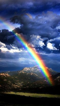 Rainbow over Rocky Mountain National Park, Colorado, USA ( a rainbow for my beautiful honey xxoo ) Rainbow Magic, Rainbow Sky, Love Rainbow, Over The Rainbow, Beautiful Sky, Beautiful Landscapes, Beautiful World, Rainbow Promise, Amazing Nature