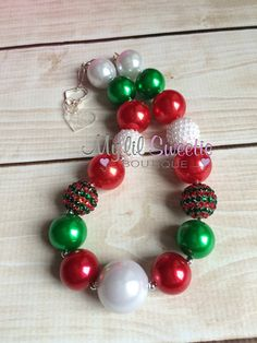Holiday necklace Christmas necklace Red by MyLilSweetieBoutique- chunky necklace- holiday necklace #chunkynecklace #holidaynecklace #bubblegumnecklace