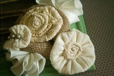 Perfect for fall and winter. Sweater flowers