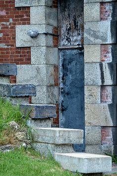 Fort Monroe Va door 113