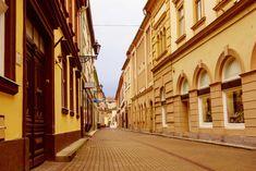 5 dolog, amit nem tudtál Egerről Street Photo, City Streets, 3d Design, Hungary, Design Projects, Empty, Europe, Nature, Travel