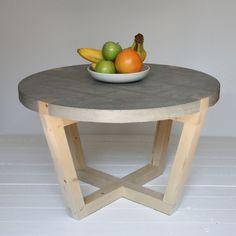 Tafel Beton Kuiken Design Fruit - http://www.gimmii.nl/dutch-design/salontafel-stolik-beton-kuiken-design/