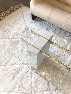 Modern Glass Coffee Table, Stone Coffee Table, Unique Coffee Table, Diy Coffee Table, Coffee Table Design, Decorating Coffee Tables, Diy Table, Glass Table, Plywood Furniture