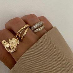 Trendy Jewelry, Dainty Jewelry, Cute Jewelry, Jewelry Box, Silver Jewelry, Jewelry Accessories, Fashion Accessories, Women Jewelry, Fashion Jewelry