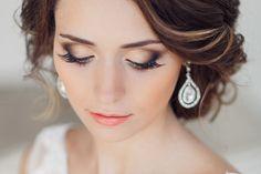 Photo found on: B Modish (http://bmodish.com/10-beautiful-wedding-day-makeup-ideas) - Pinterested @ http://wedspiration.com.