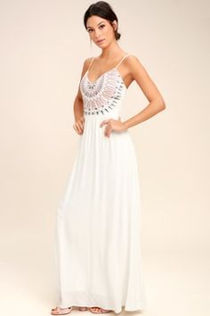 Elevate your vacay wardrobe with the Ascension Island White Embroidered Maxi Dress! Embroidery decorates the sweetheart bodice of this open back, maxi dress. White Dresses For Sale, Cute White Dress, White Sundress, Little White Dresses, White Maxi Dresses, Lace Maxi, Floral Dresses, Dress Lace, Honeymoon Dress