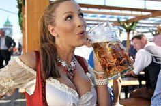 Photos of Jordan Carver at Oktoberfest. Photos of Jordan Carver at Oktoberfest. Oktoberfest History, Oktoberfest Beer, Octoberfest Girls, German Oktoberfest, Beer Maiden, Modelos Pin Up, Beer Girl, More Beer, Sports Drink