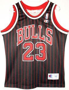 dc48ac066 Champion NBA Basketball Chicago Bulls  23 Michael Jordan Trikot Jersey Size  36 - Größe XS - 79