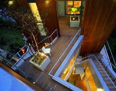 Modern House Architecture - South Korea. Interesting landing.