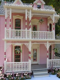 Victorian dollhouse by Robin Carey