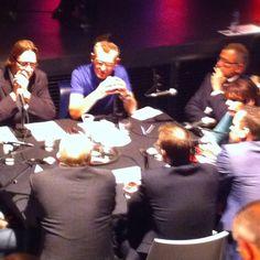 Moderatoren Marty van de Klundert en Lucas Verwey in gesprek met oa wethouder Bergkamp, raadslid Ruth Giebels en Menno de Lange van Droomwonen. #gebouwf #breda2030.