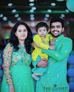Entire family looks so adorable in closet outfits😎😎😎😍can be customised to any color n size 🤩To Order With Us, Call or Whatsapp Us at Mom Daughter Matching Outfits, Mommy Daughter Dresses, Mom And Son Outfits, Mom And Baby Dresses, Mother Daughter Fashion, Baby Boy Dress, Matching Family Outfits, Baby Outfits, Kids Ethnic Wear