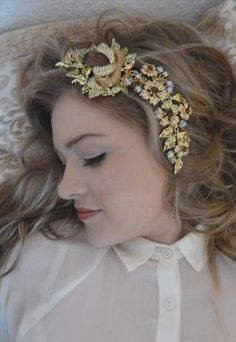 Rose Bud Floral Head Piece from 16 Braunton
