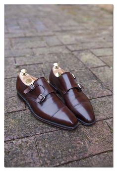 Edward Green Double Monk. Double monks are sharper than sharp, I feel. Particularly when well-set with matching belt.