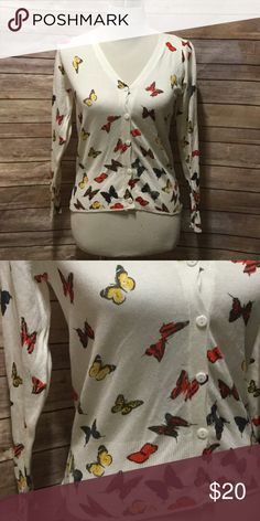 Butterfly sweater Off white white cardigan with pretty butterflies. Size small Sweaters Cardigans