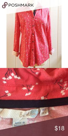 Boden Coral Button Down Shirt Coral & white floral print with navy blue ribbon trim. Very soft! Gently used. Freshly dry cleaned. Comes from a smoke- and pet-free house. Bundle for additional savings!   CLOSET CLOSING 6/30 to 7/20. If you like it, get it now! Boden Tops Button Down Shirts