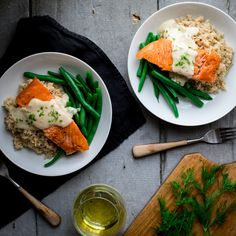 Looking for the perfect white wine sauce for salmon? Try our crispy seared salmon recipe tonight for dinner and you won't be disappointed! Salmon Recipes, Seafood Recipes, Cheddar Cheese Recipes, Sauce For Salmon, Recipe Tonight, Greek Yogurt Recipes, Wine Sauce, Date Dinner, Yummy Smoothies
