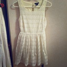 Off white lace sexy dress XS beautiful dress. Worn once Dresses