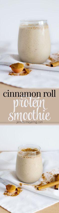 Cinnamon Roll Protein Smoothie | http://JenniferMeyering.com
