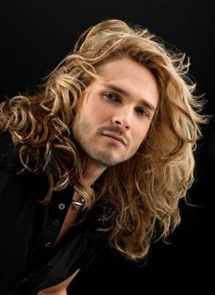 27 Hot Guys Who Look Even Hotter Thanks To Their Gloriously Long HairThese men are out to set unrealistic hair standards for men and women across the world, Hair Men Style, Hot Guys, Low Maintenance Haircut, Normal Guys, Golden Hair, Golden Eyes, Haircuts For Men, Men Hairstyles, Gorgeous Men
