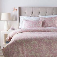 Clara Pink Three Piece Full/Queen Duvet Set Surya Duvet Set Duvet Covers & Duvet Sets Bedd