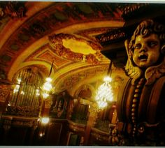 2005- Interior of the Loews Paradise theater