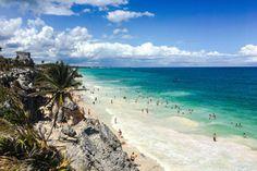 Tulum i Isla Mujeres, czyli meksykańskie plaże jak z bajki czekają na Was w pełnej krasie. Odkryjcie najwspanialsze atrybuty regionu, takie jak niepowtarzalny kolor Morza Karaibskiego, biel piasku, bujną tropikalną roślinność i idealne warunki do uprawiania sportów wodnych. Tulum, Beach, Water, Outdoor, Gripe Water, Outdoors, The Beach, Beaches, Outdoor Games