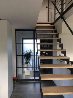 Metalen trap met houten treden hout ook metaal trap en trapopgang pinterest zoeken - Metalen trap design hout ...