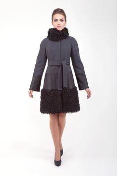 Серое зимнее пальто CORRERA
