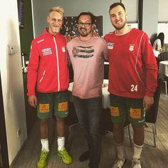 Heute mal die Jungs vom SCM zum Sieg gejubelt! #scm #handball #magdeburgerjungs #toepel #magdeburg #herzlichnahmagdeburg #spaete