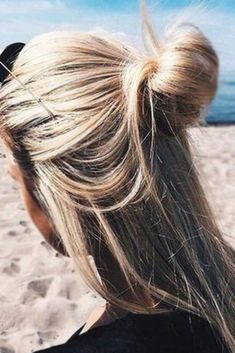Sensational Medium Length Hair Styles to Try ★ See more: http://lovehairstyles.com/sensational-medium-length-hair-styles/
