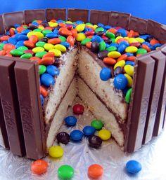 Kit Kat Cake by @Hilary | noshwithme