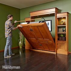 a murphy bed can be super simple: some are just an upright box that contains a folddown bed. but this is a deluxe version. get the full project instructions on pages 14-25 in the december/january 2015 issue of the family handyman. figures c