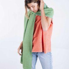 scarf-woman-no22-meadow-model-5